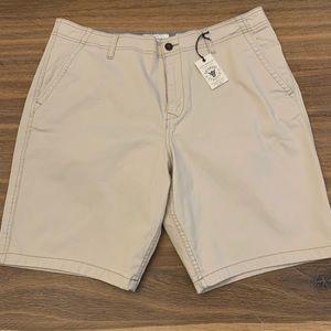 🆕 Lucky Brand Saturday Stretch Khaki Shorts